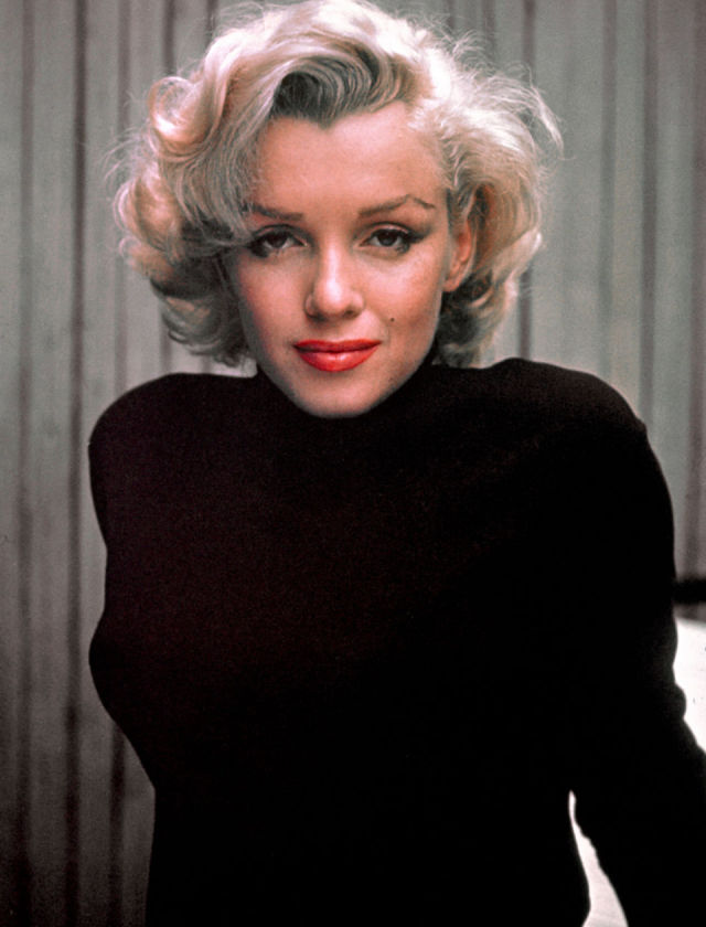 marilyn_monroe_photo_alfred_eisenstaedt_pix_inc_the_life_picture_collection_getty_images_53376357_cropped[1]